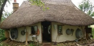 Amazing Hobbit Styled Home Built for $500