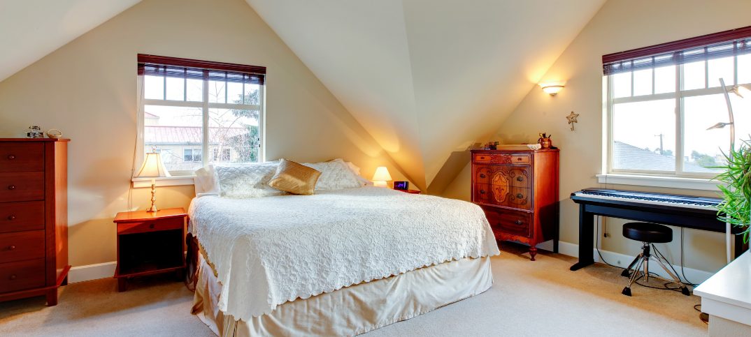 14 Pros and Cons of Vaulted Ceilings