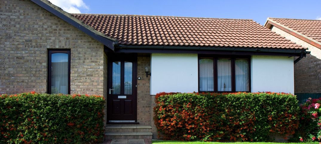 Advantages and Disadvantages of a Hip Roof