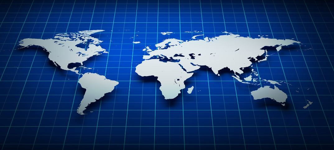 Advantages and Disadvantages of Robinson Projection